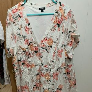 Cute floral dress torrid 4